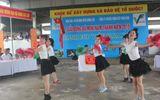 Tưng bừng khai mạc giải bóng đá mini nam thanh niên tranh cúp Việt Nam Xanh