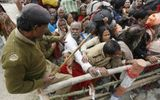 Giẫm đạp tại đền thờ Ấn Độ, hơn 60 người thương vong