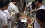 Hai thanh niên bị giết khi vừa đi chơi về đến cửa nhà