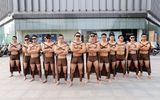 Dàn chiến binh 6 múi dạo phố Trung Quốc để ủng hộ lối sống tự nhiên