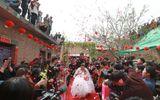 Rơi nước mắt với đám cưới của cô dâu bị liệt