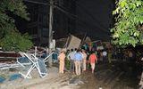 Nhà 5 tầng bất ngờ đổ sập, vùi lấp 6 người trong gia đình