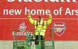 Vi Arsenal, Wenger đem bản thân