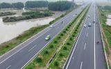 Ùn tắc kinh hoàng ngày đầu thu phí cao tốc Hà Nội - Bắc Giang