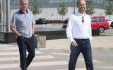 Ngày làm việc đầu tiên của Mourinho ở MU