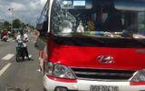 Truy tìm tài xế lái xe gây tai nạn kéo lê hai mẹ con hơn 30m