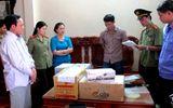 """Di lý vợ chồng """"nhà tâm linh"""" Nguyễn Văn Thúy vào Quảng Trị"""