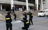 Diễn tập chống khủng bố đặt bom Bưu điện Hà Nội