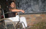 """Người thầy trên chiếc xe lăn miệt mài """"chở chữ"""" cho học trò vùng cao"""