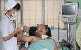 Cứu sống mẹ con sản phụ bị thuyên tắc ối