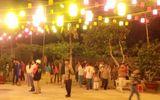 Sự thật người dân kéo nhau đi xem Phật hiển linh trên cây