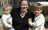 Những đứa trẻ chào đời từ tinh trùng người quá cố