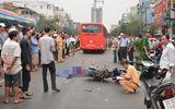 Té xuống đường, nữ sinh viên bị xe khách cán chết