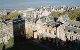 Tìm kiếm cơ hội du học ĐH Top 10 Anh Quốc