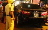 Va chạm giao thông, tài xế ô tô đánh gục một phụ nữ