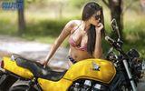Người mẫu Sài thành diện bikini nóng rẫy bên Honda CB500