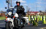 Tai nạn rợn người của xe mô tô cảnh sát dẫn đoàn
