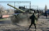 Hình ảnh đối đầu quân sự Nga-Ukraine