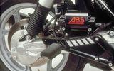 Phanh ABS trên xe máy hoạt động như thế nào?