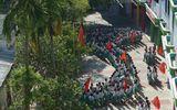 Thêm trường tiểu học xếp bản đồ Việt Nam trong lễ chào cờ
