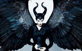 """Maleficent"" - phim về chính Angelina Jolie?"