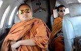 """Thái Lan chấn động vì """"ảnh nóng"""" của các nhà sư"""