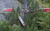 Đoàn tàu chở 200 hành khách trật bánh trước khe núi ở Thụy Sỹ