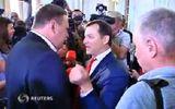 Clip: Nghị sĩ Ukraina ẩu đả ngay tại tòa nhà Quốc hội