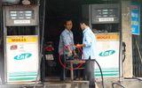 Clip: Lật tẩy thủ đoạn ăn cắp mới của nhân viên cây xăng