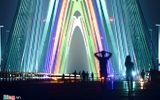 Sắc cầu vồng khổng lồ trên cầu dây văng dài nhất Việt Nam