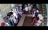Clip: Nữ quái với thủ đoạn trộm tiền tinh vi ngay tại shop quần áo