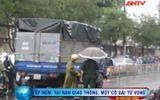 Clip: Ngã vào gầm xe tải, thiếu nữ tử vong tại chỗ