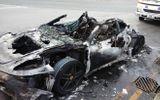 Siêu xe Ferrari F430 cháy như đuốc giữa phố