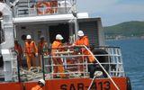 Lai dắt tàu BĐ 96772-TS gặp nạn cùng 6 thuyền viên vào bờ