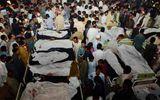 Đánh bom tự sát đẫm máu ở Pakistan, hơn 175 người thương vong