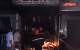 Clip: Tiệm sửa xe bốc cháy dữ dội