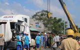 Phú Yên: Ô tô tự gây tai nạn, 2 người chết, 1 bị thương
