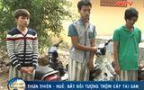 Clip: Nhóm thanh niên bị bắt vì trộm xe máy trong chùa