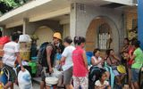Siêu bão Hagupit: Dân Philippines đổ xô đi mua hàng tích trữ
