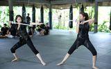 Cặp đôi hoàn hảo liveshow 6: Quế Vân - Minh Thư đu dây, múa kiếm