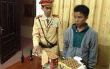 CSGT  bắt 2 đối tượng vận chuyển ma túy và pháo nổ trái phép