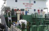 Tàu có thuyền viên bị cướp biển bắn chết: Bọn cướp muốn lấy dầu