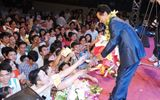 Chế Linh tái ngộ khán giả Hà Nội sau gần 3 năm xa cách