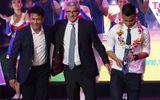 HLV Hữu Thắng tố bị xúc phạm, bỏ về trong đêm Gala tổng kết V.League 2016
