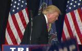 """Donald Trump bắt chước pha """"ngã quỵ"""" của bà Hillary Clinton hôm 11/9"""
