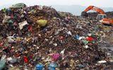 Vụ hầm chôn rác thải y tế: Rùng mình tiếp cận bãi rác đầu độc dân cư
