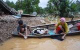 Hàng không Việt Nam vận chuyển miễn phí hàng hóa cứu trợ miền Trung