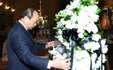 Thủ tướng Nguyễn Xuân Phúc lần đầu đi công tác bằng máy bay thương mại