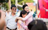 Ngọc Hân, MC Phan Anh bật khóc trước món quà bất ngờ