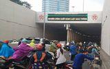 Hà Nội: Hàng chục ô tô, xe máy va chạm liên hoàn ở đường hầm Kim Liên